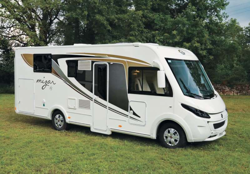 Ci mizar 65 test di camperlife camper life for Planimetrie del garage rv