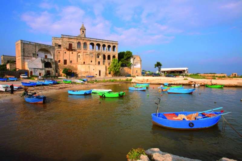 In camper lungo il tacco d 39 italia camper life - Specchia polignano a mare ...