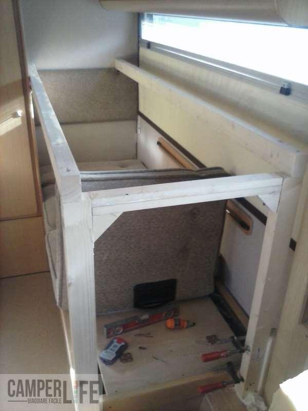 Ricavare un letto a castello da dinette Arca New Dealy 618  Camper Life