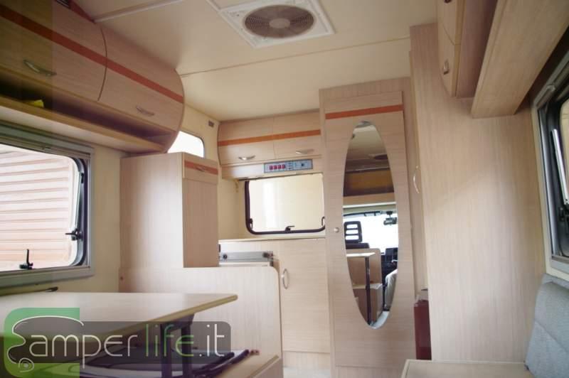 Rifacimento del mobilio su roller team granduca 56 camper life - Tecniche per rinnovare mobili ...