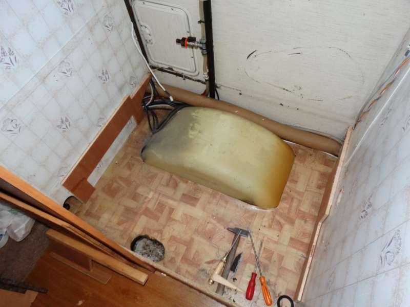 https://www.camperlife.it/sites/default/files/0000-redaz/05-camper_tecnica/fai_da_te/toilette/restauro_b644/04-faidate-toilette-Hymer_B644.JPG