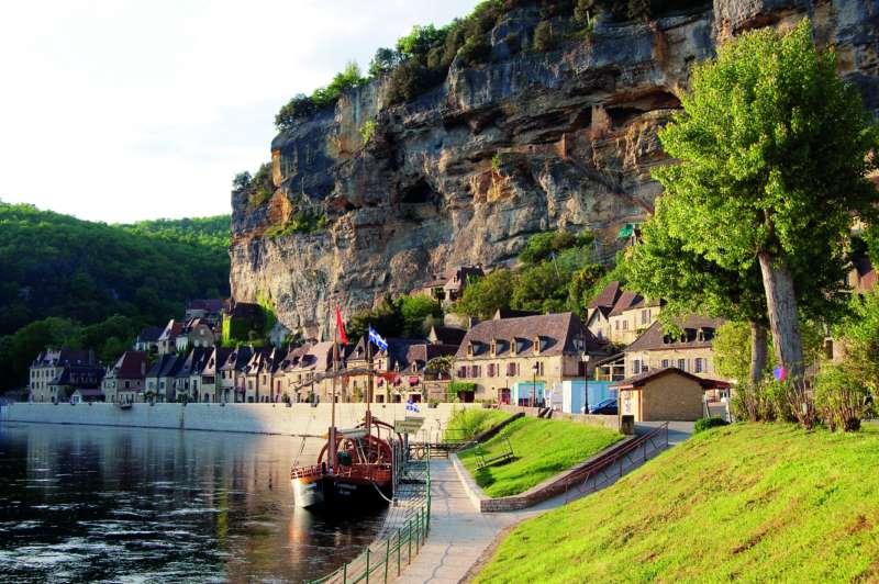 Case Di Campagna Francesi Rivista : La pasqua in francia nel perigord i viaggi dei lettori camper life