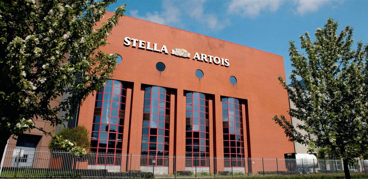In alto, la fabbrica  della Stella Artois, ©Toerisme Leuven
