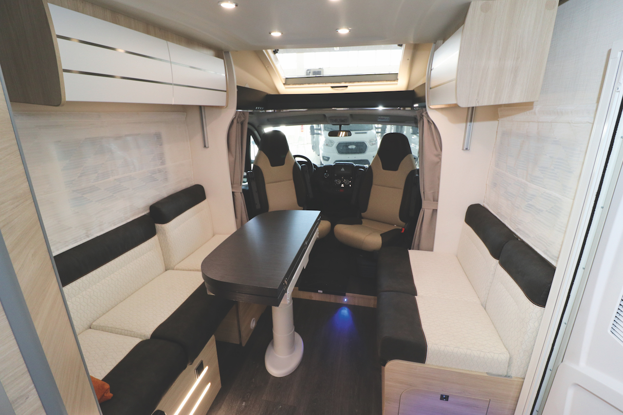 chausson 644 dinette