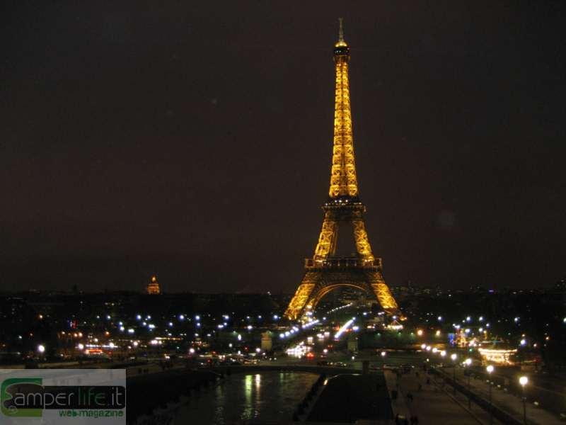 Parigi in camper mon amour camper life - Simboli di immagini della francia ...