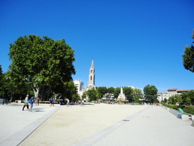 N mes in francia crocevia del mondo antico camper life - Esplanade charles de gaulle ...