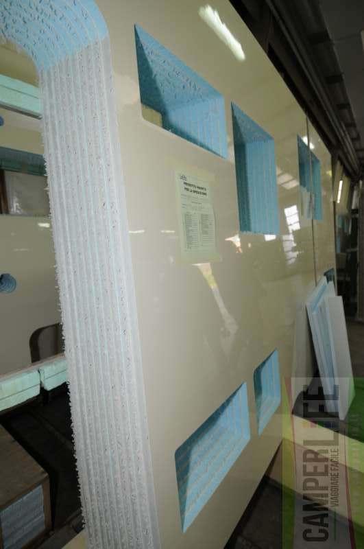 Le pareti sandwich le inchieste di camperlife camper life - Rivestimento parete interna ...