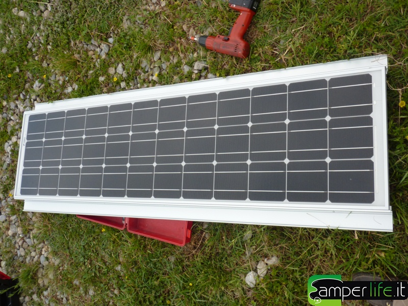 Pannello Solare Per Camper Occasione : Pannello solare cs evolution camper life