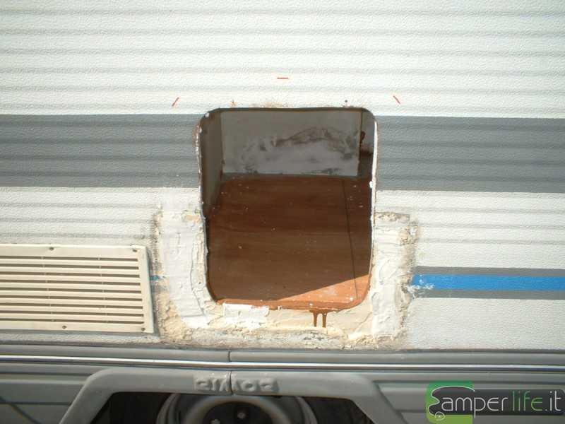 Rifacimento wc rimor trimarano camper life - Sale da bagno fai da te ...