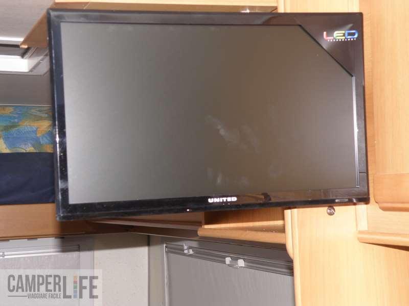 Realizzare una staffa porta tv camper life - Porta decoder da parete ...