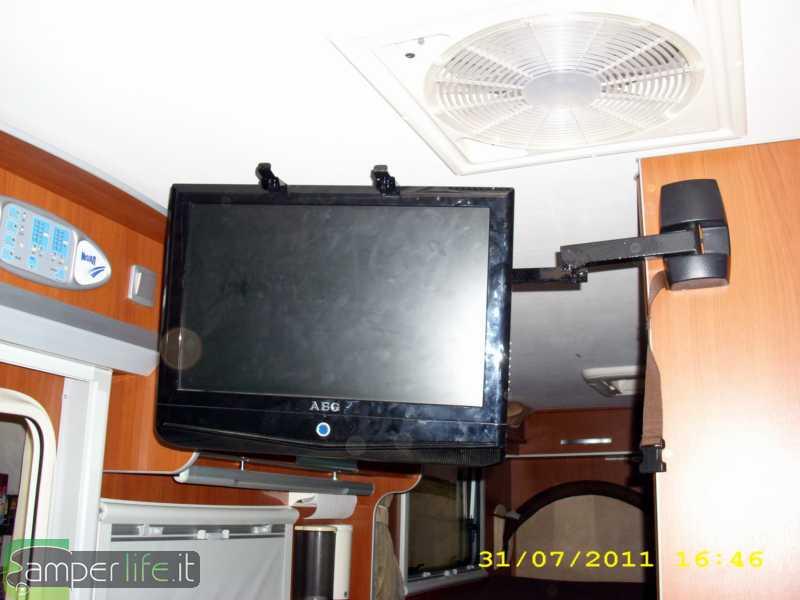 Porta tv e porta decoder ecco come l 39 ho fatta camper life - Porta tv fai da te ...