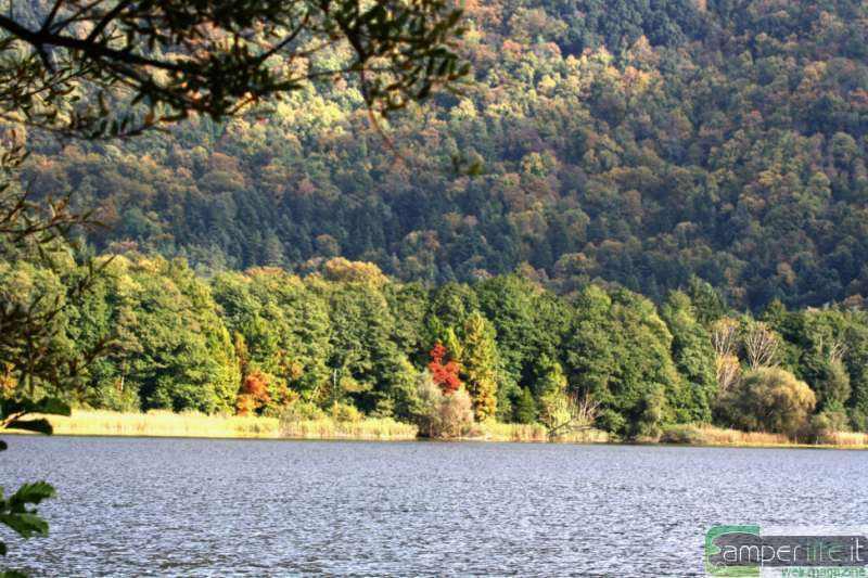 camper viaggi basilicata melfi lago monticchio