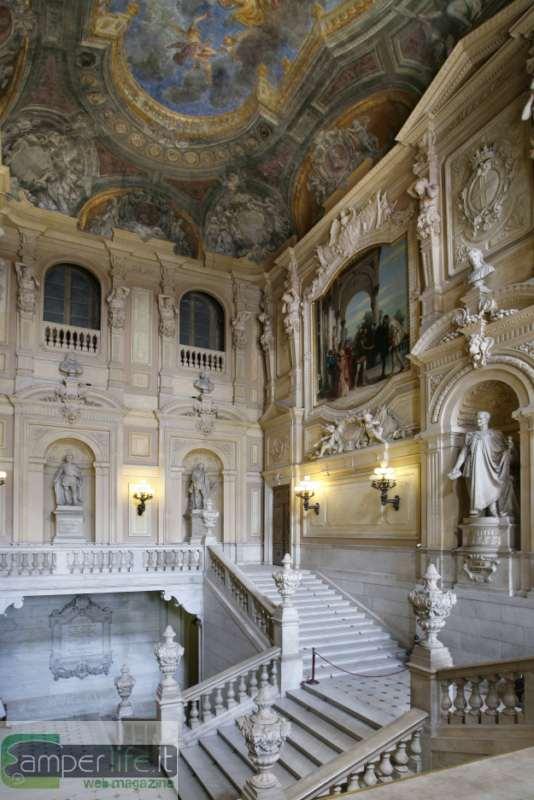 Torino weekend culturale in camper in occasione delle for Planimetrie del palazzo con sala da ballo