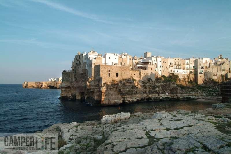 camper Puglia mare Polignano a mare