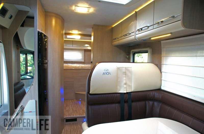 I test di camperlife arca h 720 glm camper life - Rivestimento pareti bagno camper ...
