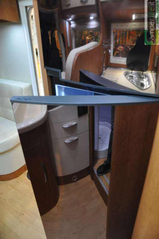 Arca p 740 glc camper life - Blocco cucina 160 cm ...