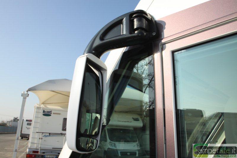 Test di camperlife mobilvetta k yacht 61 camper life - Specchi retrovisori ducato ...