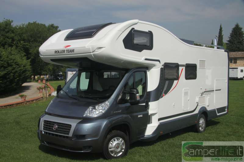 Roller team granduca garage magnifico camper life for Case con annesso garage per camper